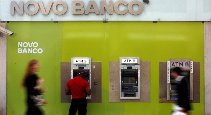 Balcão do novo banco para pedir crédito novo banco.